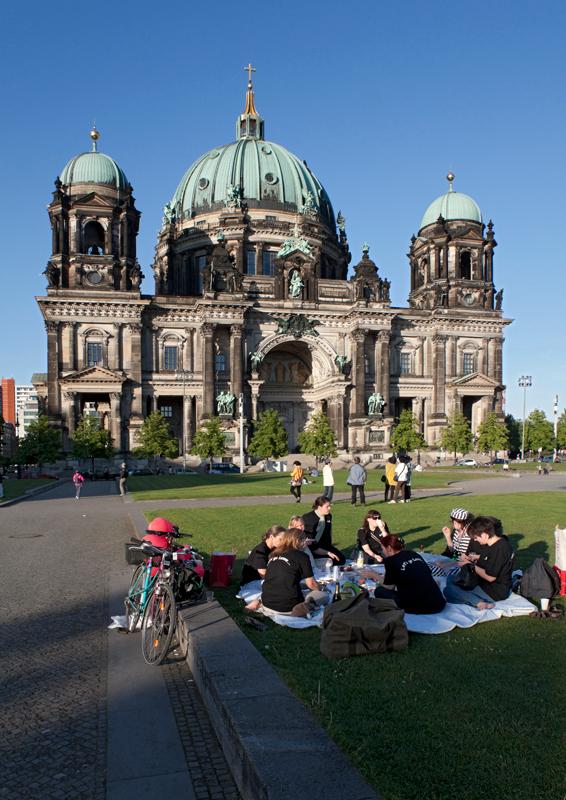 11-berlin-cathedral-am-lustgarten
