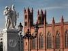 60-statues-over-spree-river-kam-liebknecht-str-schlossbru%cc%88cke