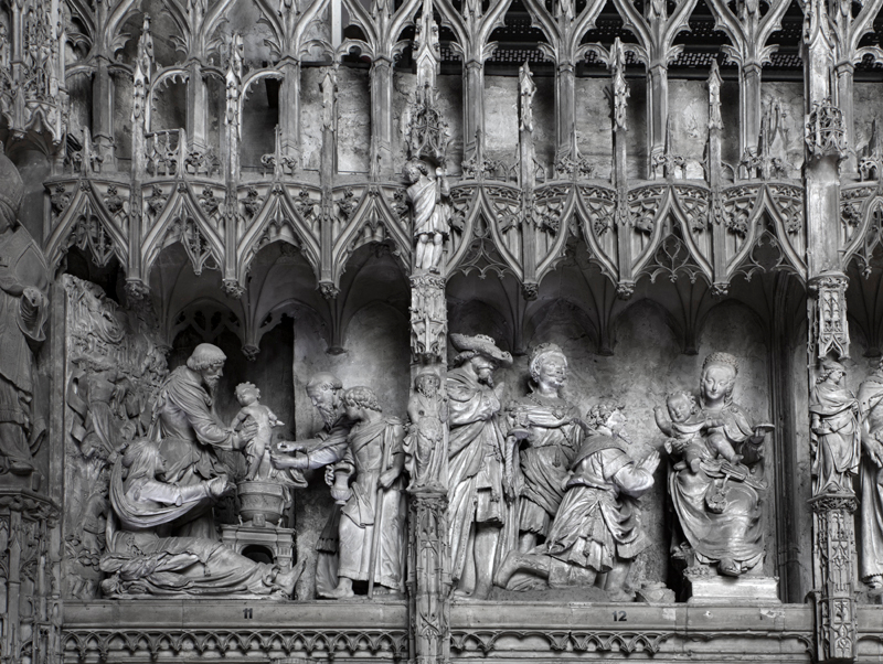 11-chartres-cathedral-interior-france
