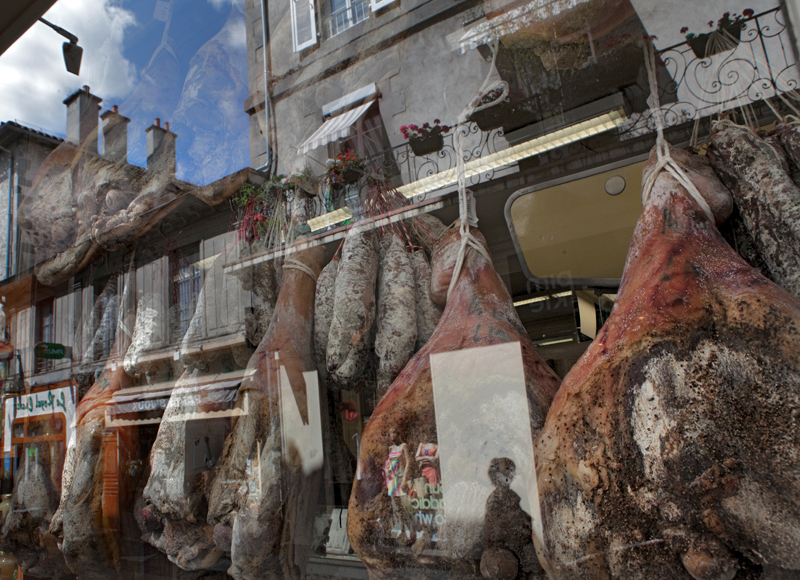115-reflections-in-aurillac-france