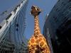 40-lego-giraffe-at-legoland-discovery-centre